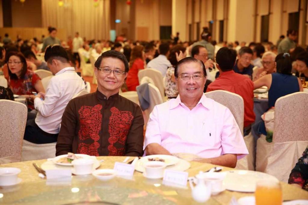 李秉蘐会长和李文龙大律师
